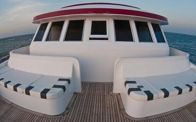 front_deck_01_big
