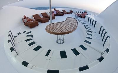 sun_deck_01_big